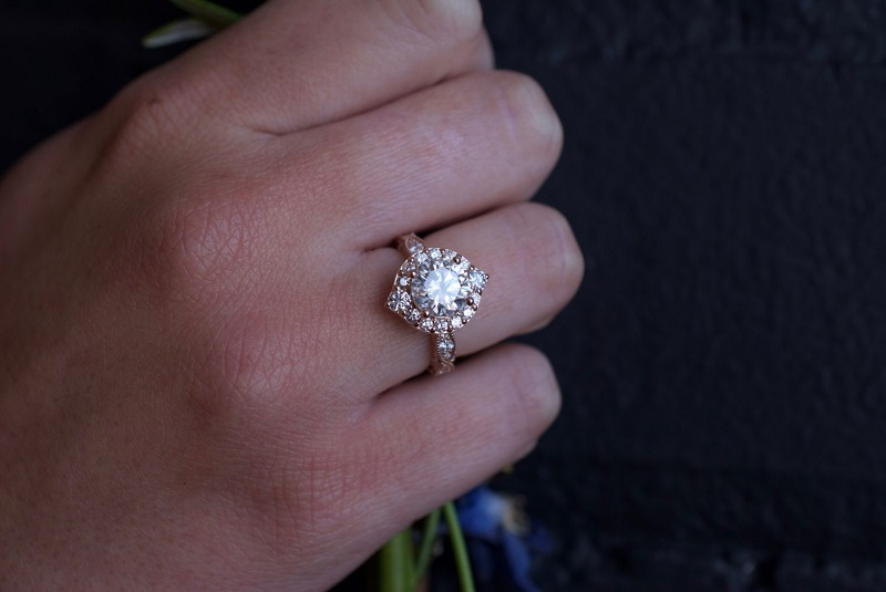 Moissanite Engagement Rings Can Be A Great Choice