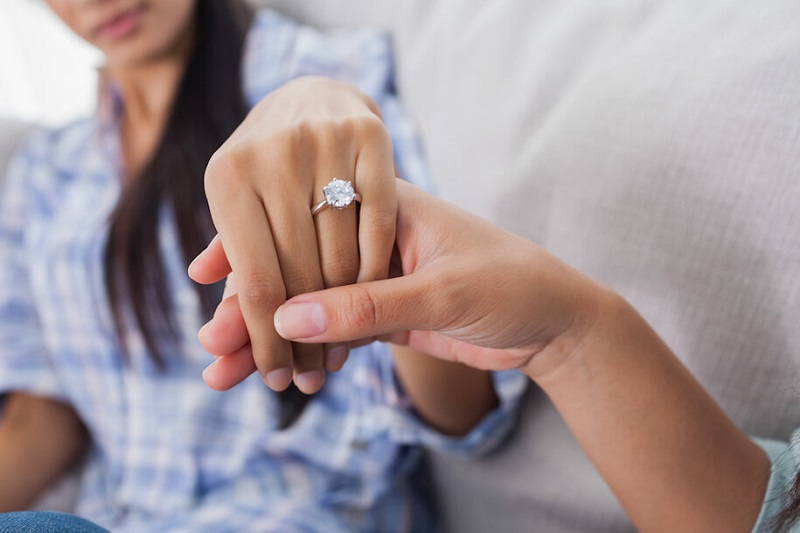 Moissanite Engagement Rings Must Be Chosen With Good Care