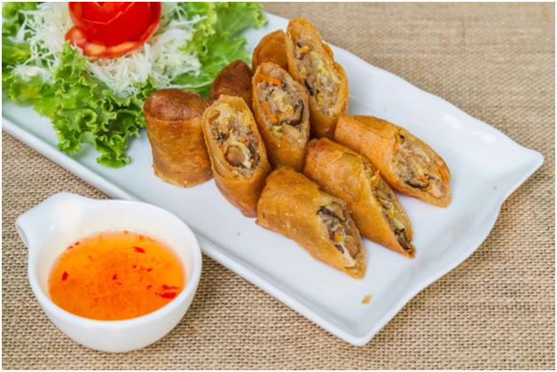 10 Typical Snacks of Semarang City Travelers Should Taste